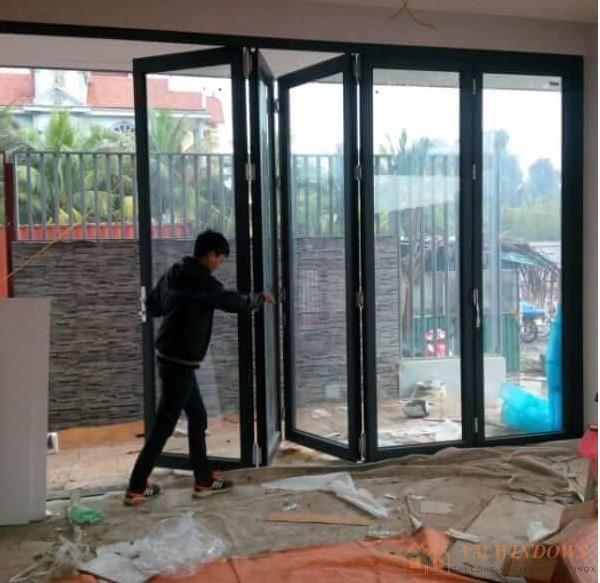 Cách tính giá thi công lắp đặt cửa nhôm kính
