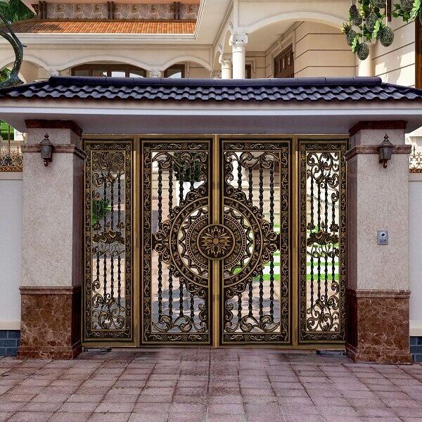 Cửa cổng nhôm đúc 4 cánh sáng trọng nâng tầm giá trị của ngôi nhà