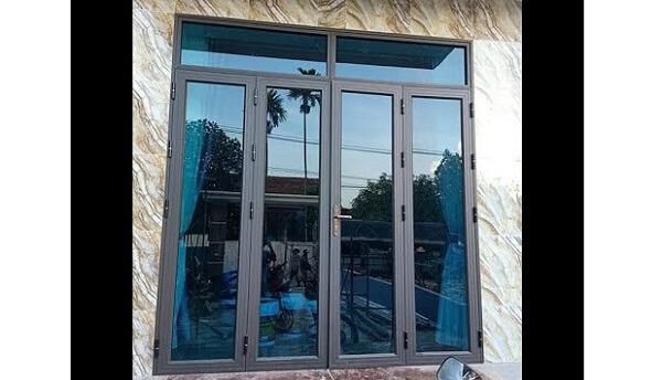 Cửa sổ màu ghi kính xanh 4 cánh