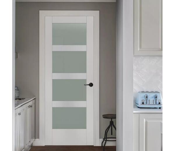 Cửa nhôm kính Xingfa phòng bếp màu trắng, kính đục sang trọng