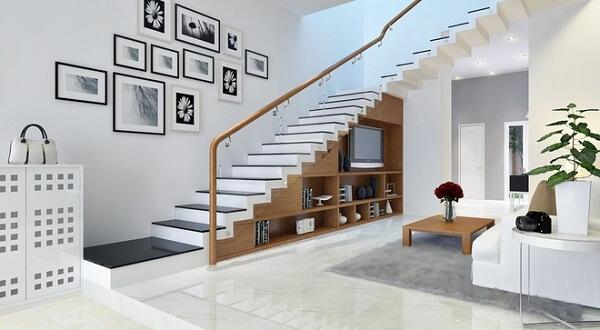 Sự phối hợp hài hòa giữa tay vịn cầu thang và chi tiết dưới chân cầu thang
