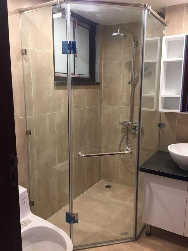 Mẫu phòng tắm kính 4