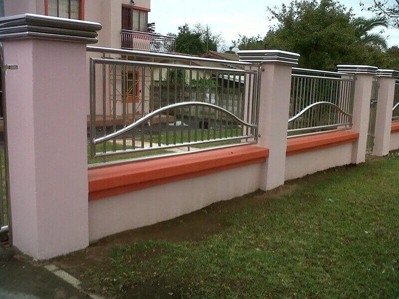 Hàng rào inox kết hợp trụ xi măng