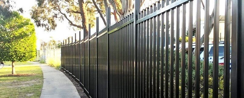 Chú ý xem xét kỹ để có bộ hàng rào inox đẹp