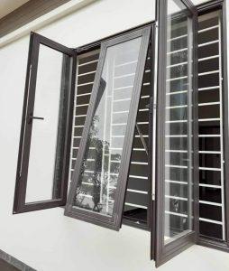 Khung bảo vệ của sổ đẹp hiện đại thi công tại Quãng Ngãi