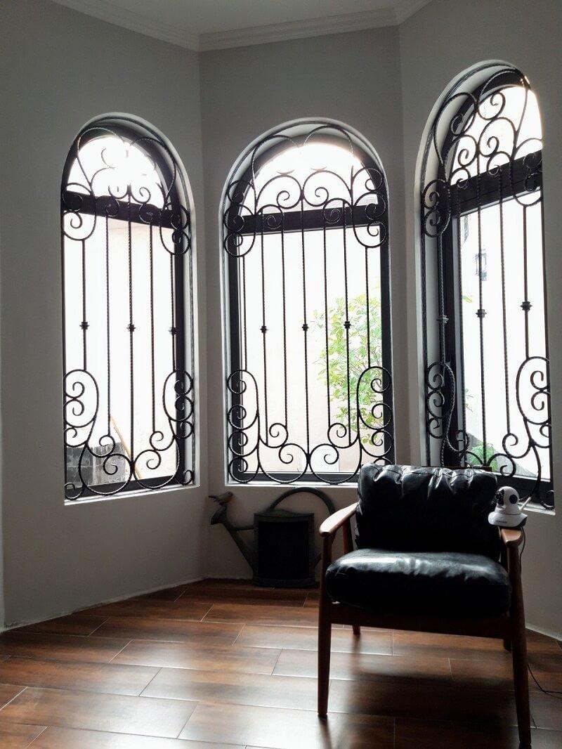 Mẫu khung bảo vệ cửa sổ liền nhau