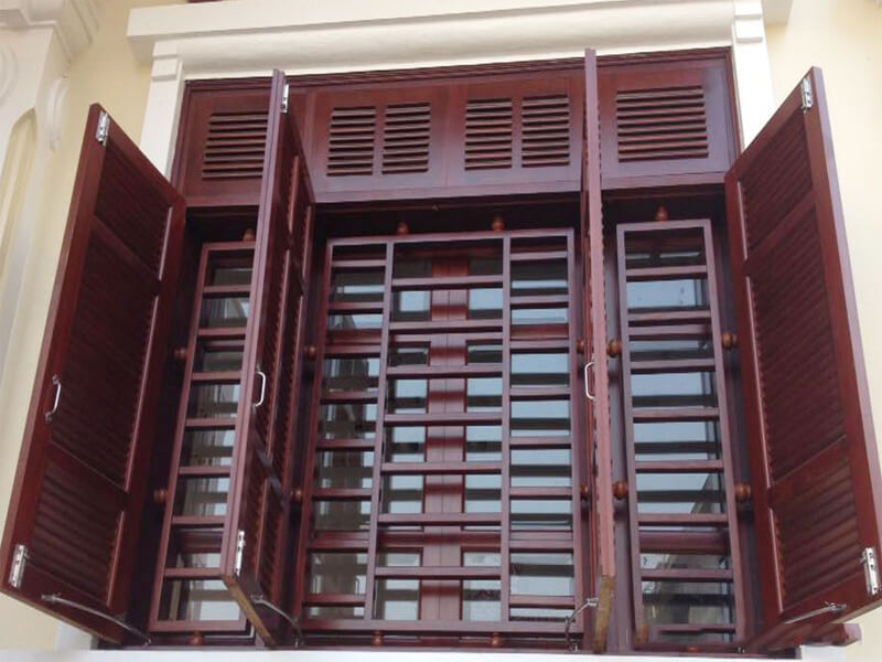 Mẫu khung bảo vệ cửa sổ bằng gỗ