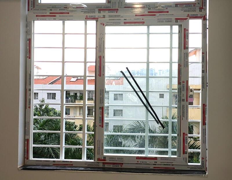 Mẫu khung bảo vệ cửa sổ sắt cho cửa sổ kéo ngang