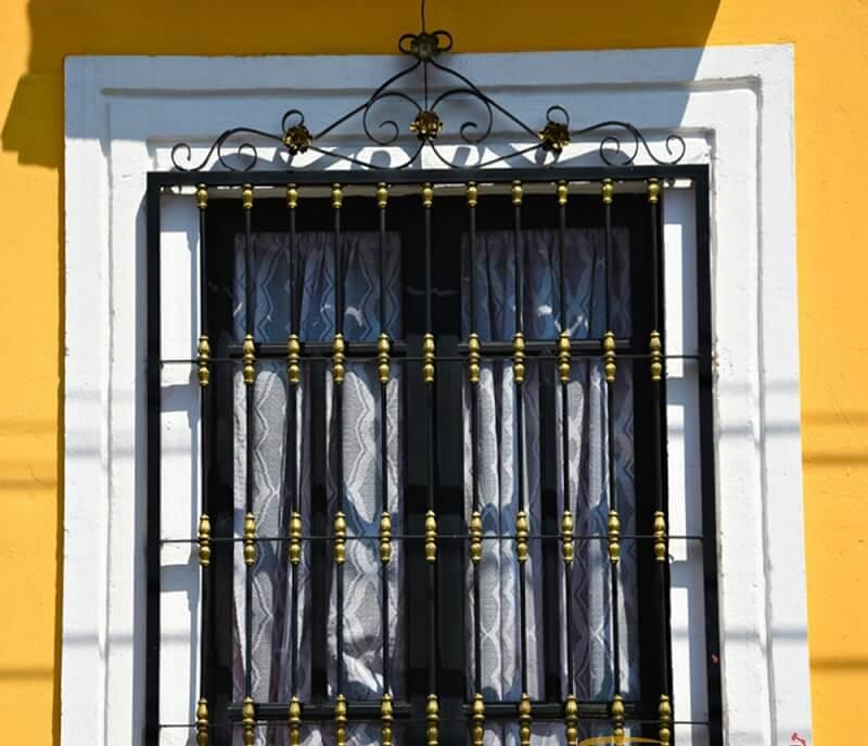 Chọn màu khung bảo vệ cửa sổ sắt tạo điểm nhấn trong ngôi nhà