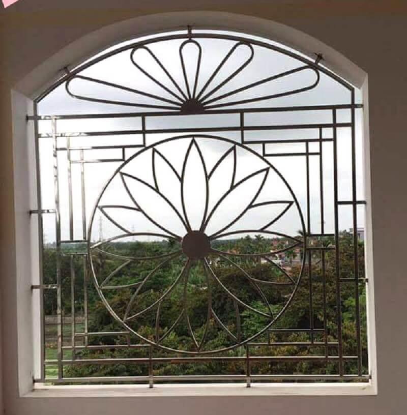 Mẫu khung cửa sổ bằng inox vòm
