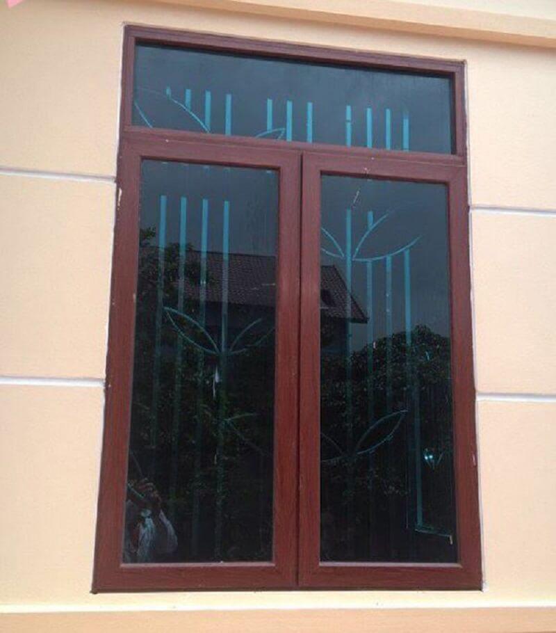 Mẫu khung cửa sổ bằng inox 2 cánh