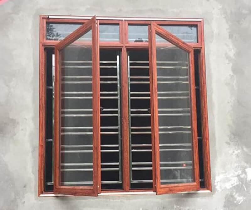 Mẫu khung cửa sổ bằng inox hai cánh gỗ đơn giản