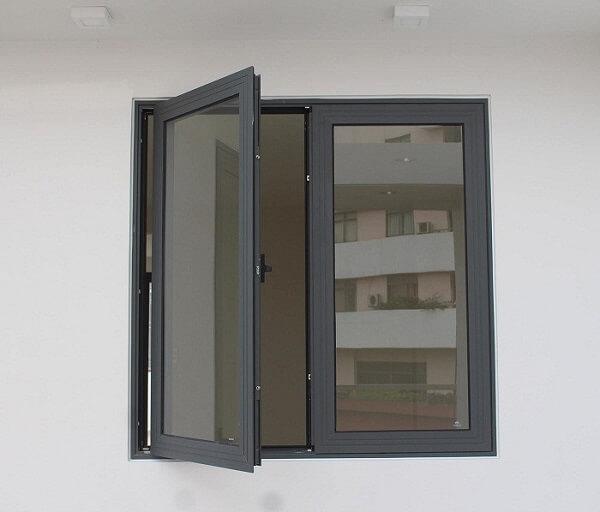 Cửa sổ nhôm kính PMI 2 cánh mở xoay cao cấp