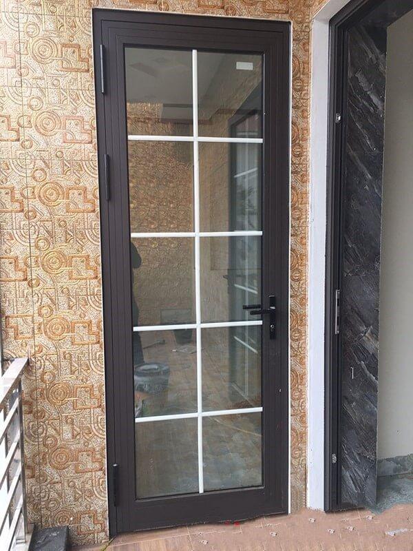 Mẫu cửa nhôm kính PMI 1 cánh cho phòng ngủ