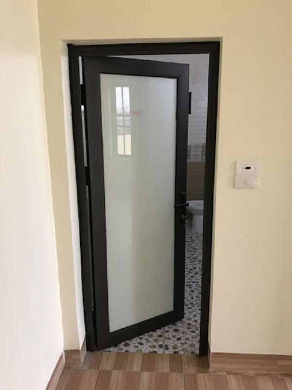 Mẫu cửa nhôm VFP đẹp cho phòng tắm