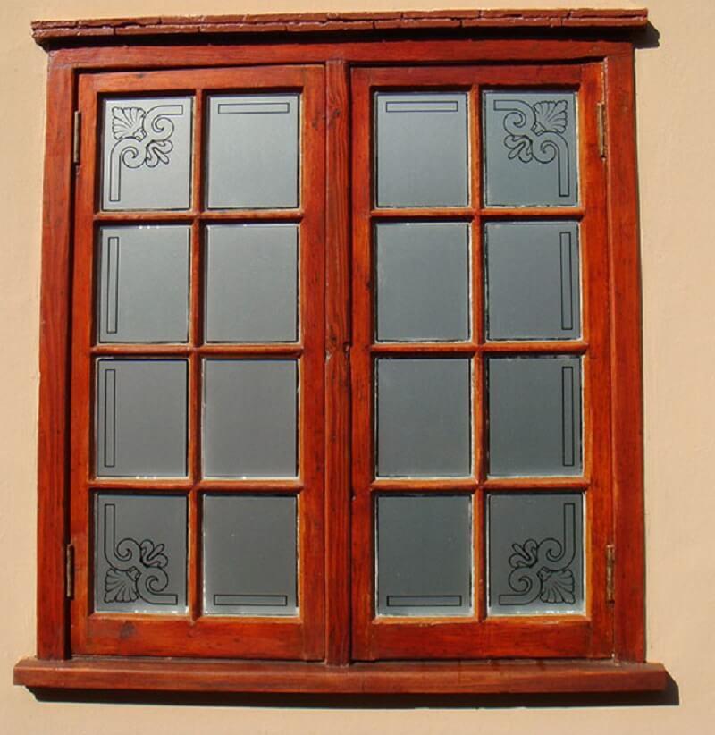 Mẫu khung cửa sổ gỗ đơn giản 2020