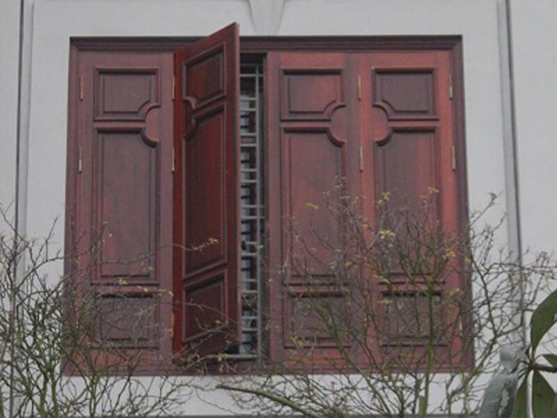 Mẫu khung bảo vệ cửa sổ gỗ chống trộm 2020