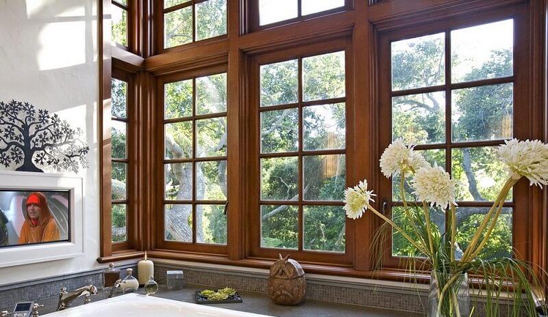 Mẫu khung bảo vệ cửa sổ gỗ đẹp sang trọng