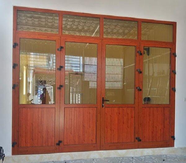 Mẫu cửa nhôm giả gỗ đẹp không thể bỏ qua
