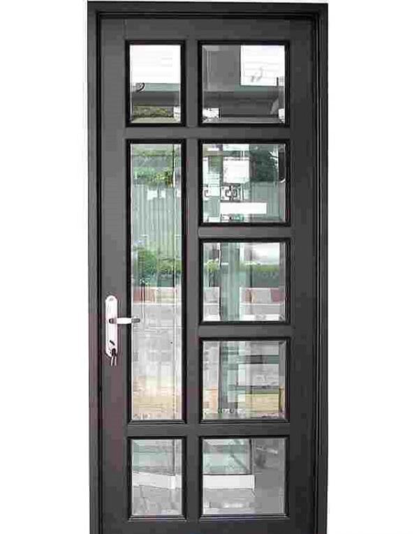 Hệ nhôm 1000 phù hợp với những loại cửa nhà ở, cửa công trình giúp tiết kiệm diện tích. Màu sắc của hệ nhôm 1000 cũng rất đa dạng để khách hàng lựa chọn