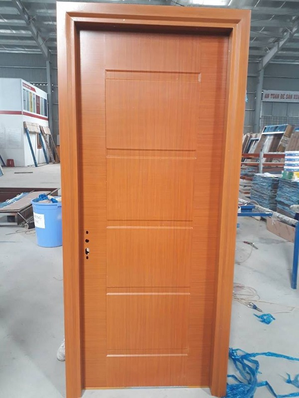 Cửa nhôm giả gỗ hiện nay đang là lựa chọn thu hút nhiều khách hàng vì những mẫu cửa này có tính thẩm mỹ cao nhưng giá thành lại rẻ hơn cửa gỗ rất nhiều.