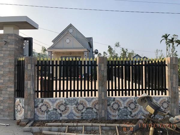 Hình ảnh hàng rào mặt trước tại bình sơn