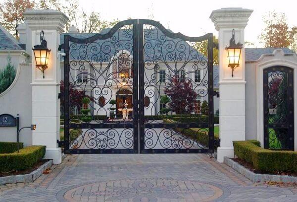Mẫu cổng biệt thự phổ biến 2021
