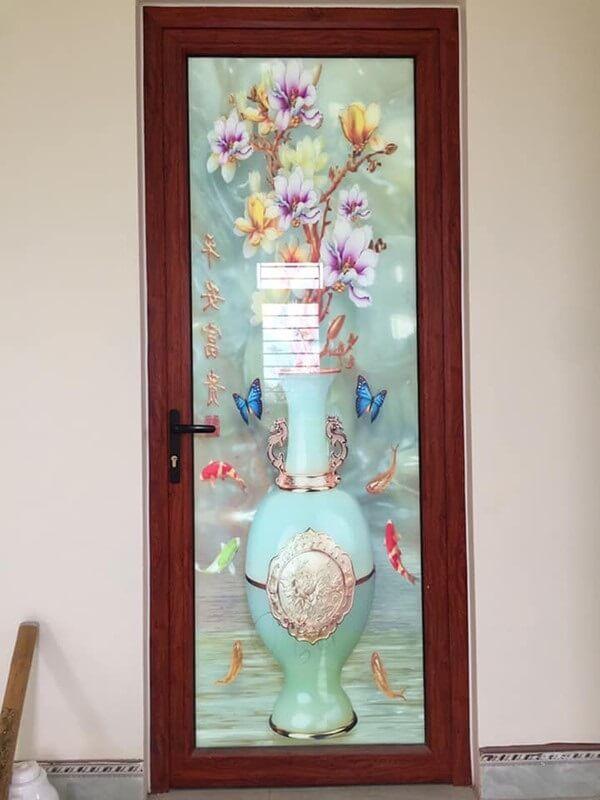 Mẫu cửa nhôm 1 cánh họa tiết đẹp nhẹ nhàng
