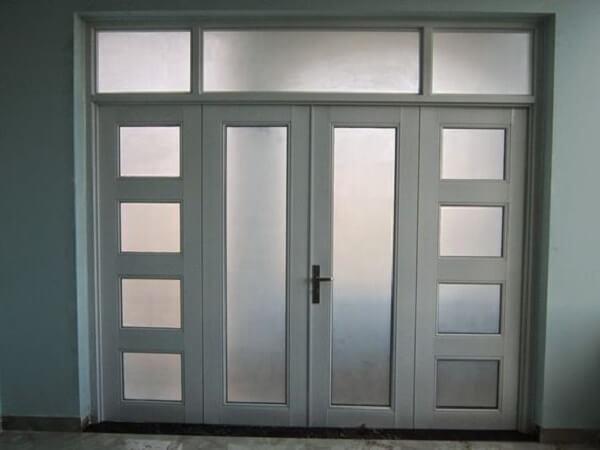 Cửa nhôm pma 4 cánh màu trắng với thiết kế cổ điển