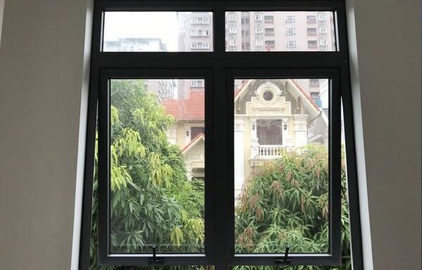 Mẫu cửa sổ nhôm Xingfa 2 cánh đơn giản