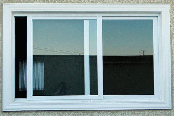 Mẫu cửa sổ nhôm kính mở trượt màu trắng dành cho cửa sổ lối đi thông phòng, cứa sổ hành lang