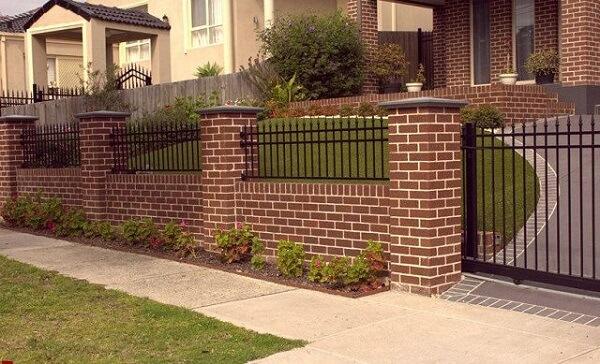 Mẫu tường rào gạch cổ điển lãng mạn