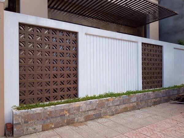 Mẫu tường rào hiện đại đẹp mắt cho nhà biệt thự