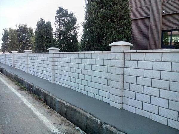 Mẫu tường rào đá kín đáo, kiên cố