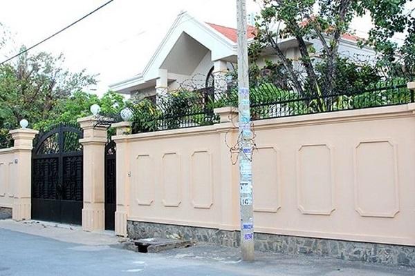 Mẫu tường rào kín chắc chắn, an toàn