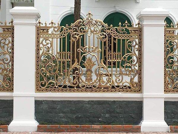 Hàng rào nhôm đúc thiết kế sang trọng, bắt mắt