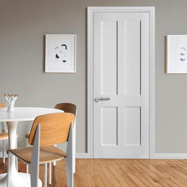 Mẫu cửa trắng sứ cũng là màu được ưa chuộng nhiều vì sự sang trọng quí phái và phù hợp với nhiều màu sắc của nội thất khác