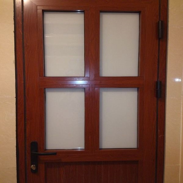 Kiểu cửa chia ô của nhôm Xingfa cũng rất được nhiều người lựa chọn cho phòng ngủ