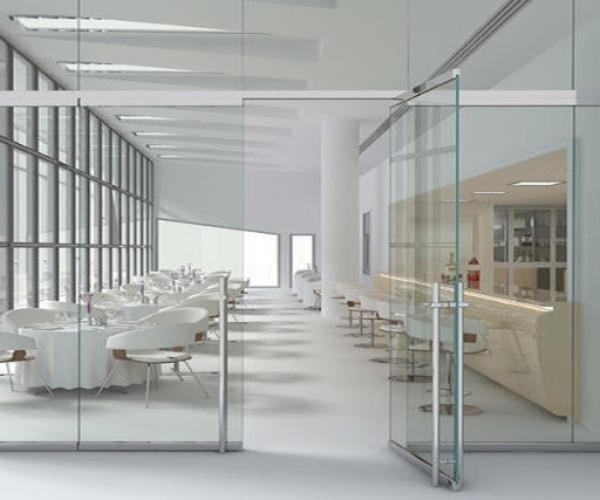 Vách kính văn phòng cho khu vực ăn uống