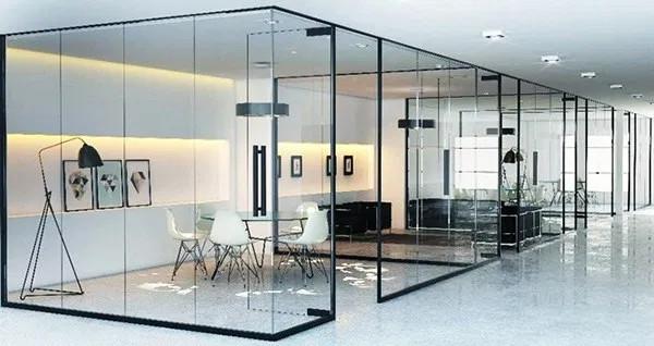 Vách kính văn phòng khu vực tiếp khách hàng