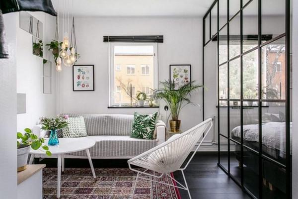 Decor trang trí đơn giản với vách ngăn nhôm kính phòng ngủ