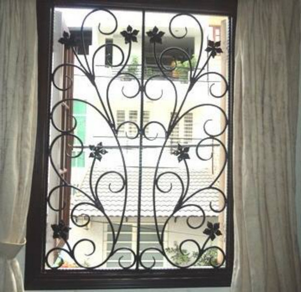 Mẫu bông bảo vệ cửa sổ bằng sắt đẹp 2