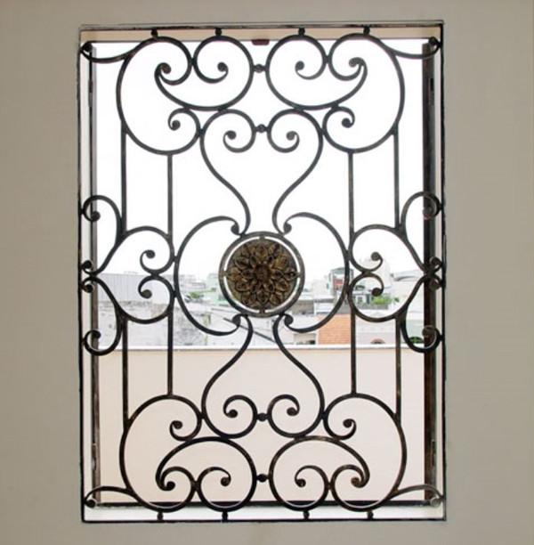 Mẫu bông bảo vệ cửa sổ bằng sắt đẹp 4