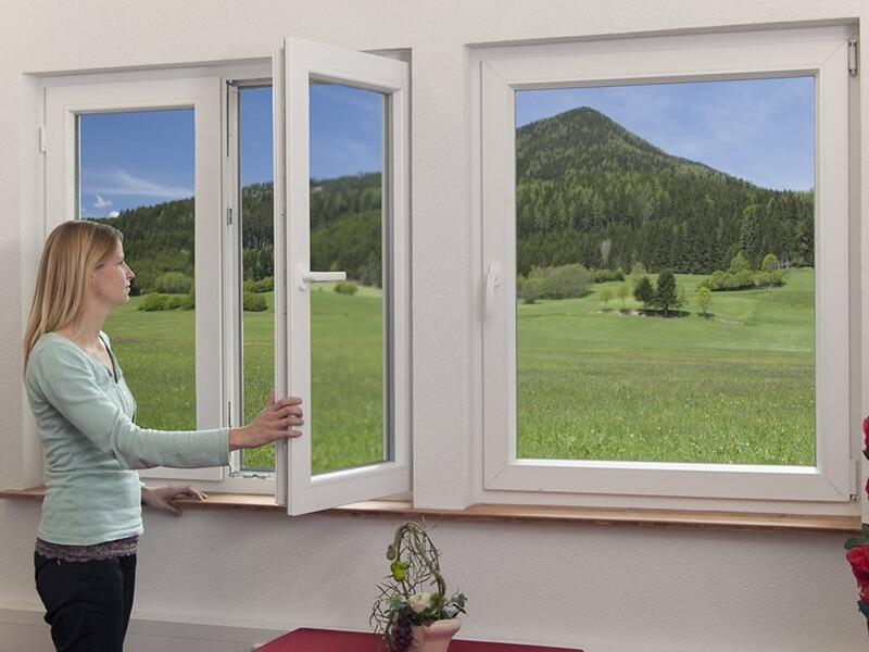 Thiết kế cửa sổ nhôm kính xingfa 3 cánh đẹp
