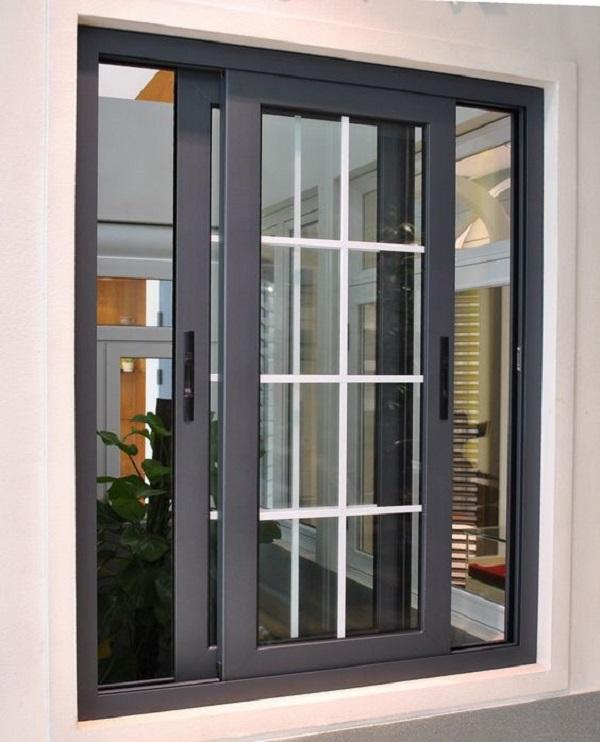 Cửa sổ nhôm xingfa màu đen hiện đại kết hợp chia ô bằng thanh trắng độc đáo