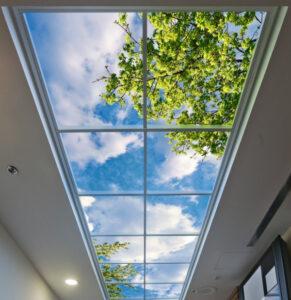 Khung bảo vệ giếng trời mái bằng đơn giản