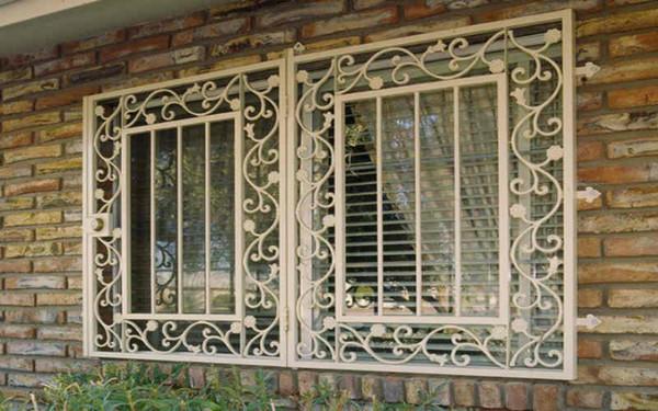 Mẫu khung cửa sổ chống trộm mang phong cách cổ điển