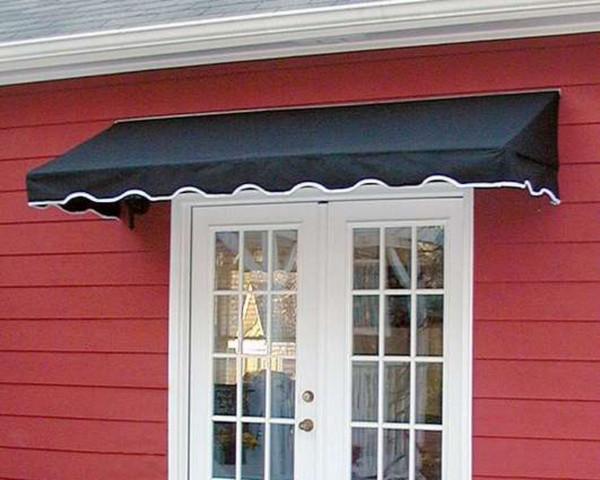 Cửa sổ kính kết hợp với mái che mái nghiêng