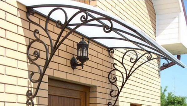 Mái hiên vòm cửa sổ cho villa