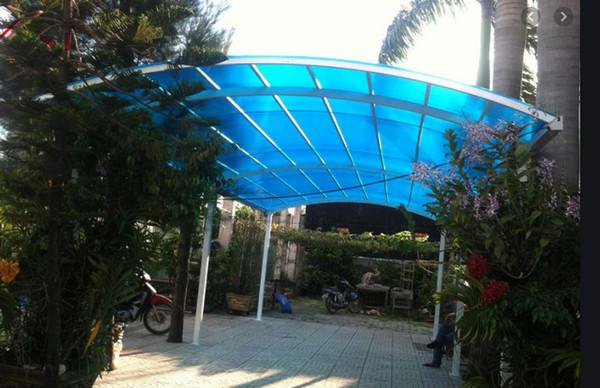 Mái hiên vòm cho khoảng không trước nhà